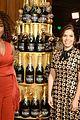 gina rodriguez golden globes 2016 america ferrera 02