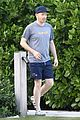 jesse tyler ferguson and hubby chill in miami 06