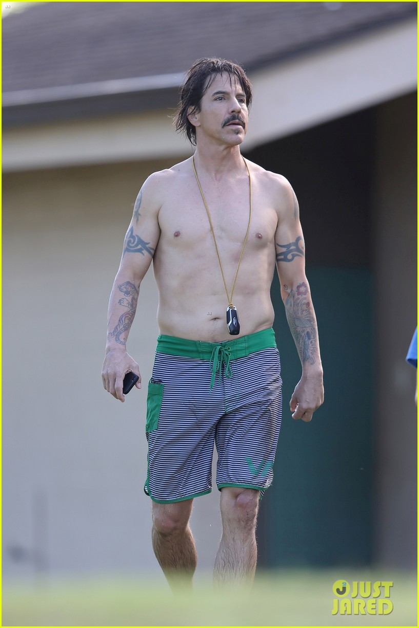 """anthony kiedis and the red hot Anthony kiedis has embodied this vibe since the day he was born  red hot  chili peppers won """"la band of the year"""" and kiedis had to watch."""