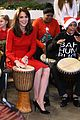 kate middleton gets festive at anna freud centre christmas party 18