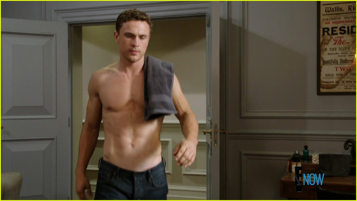Full Sized Photo Of William Moseley Shirtless The Royals