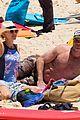 naomi watts liev schreiber christmas weekend beach 05