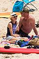 naomi watts liev schreiber christmas weekend beach 17