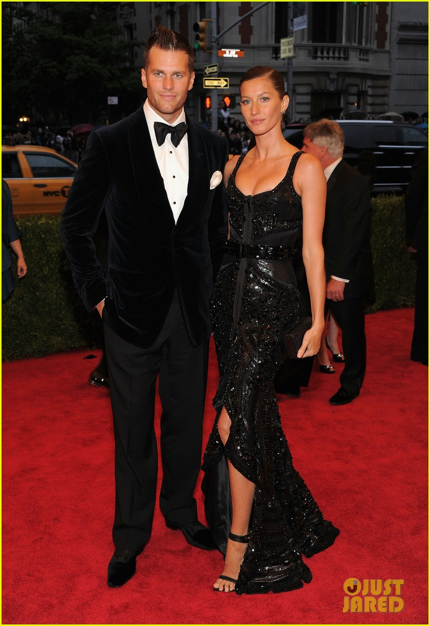 Gisele Bundchen & Tom Brady's Chef Reveals Their Diet ... Gisele Bundchen Diet