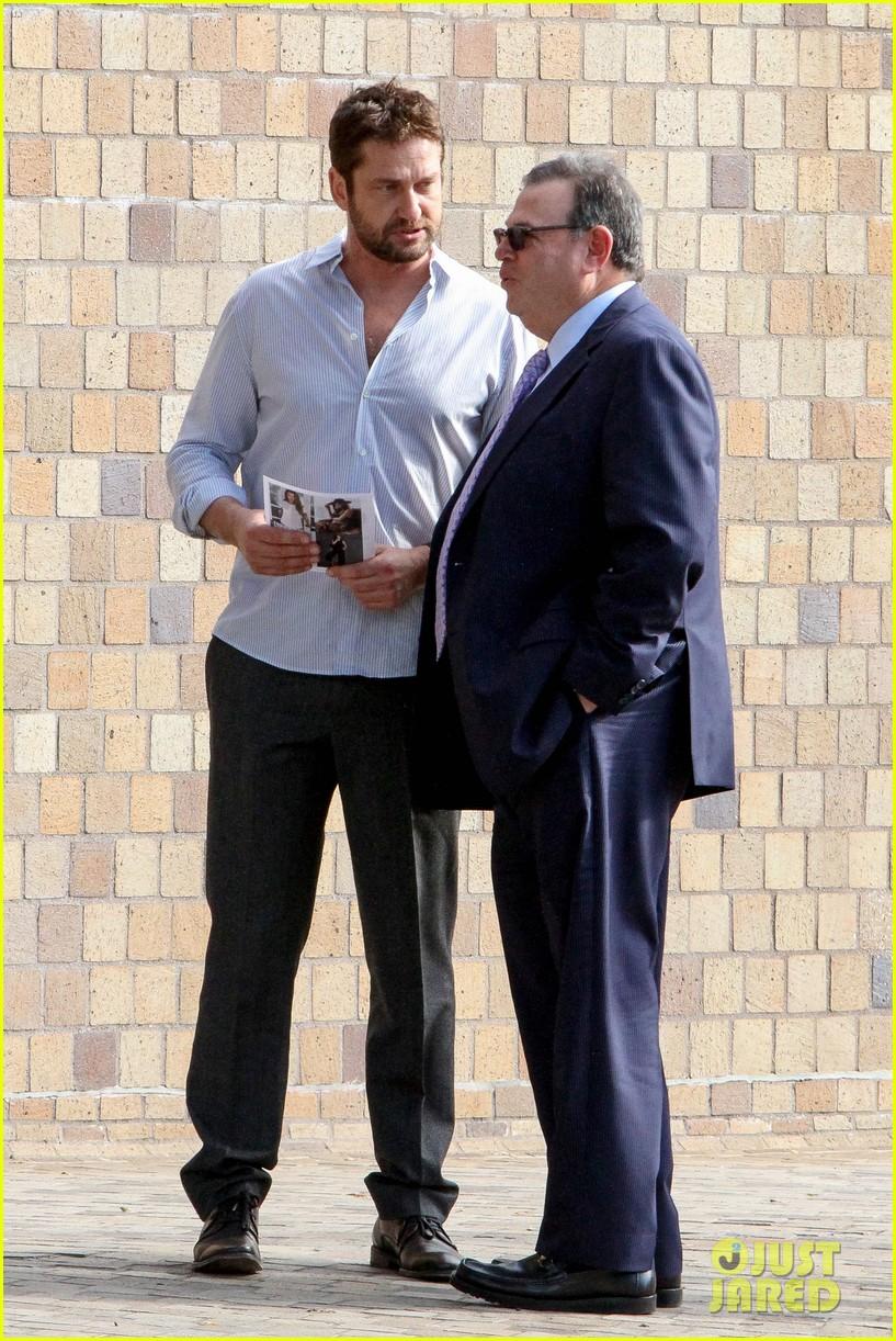 Gerard Butler Grabs Lunch After Fun Filled Globes Weekend ... Gerard Butler 2016