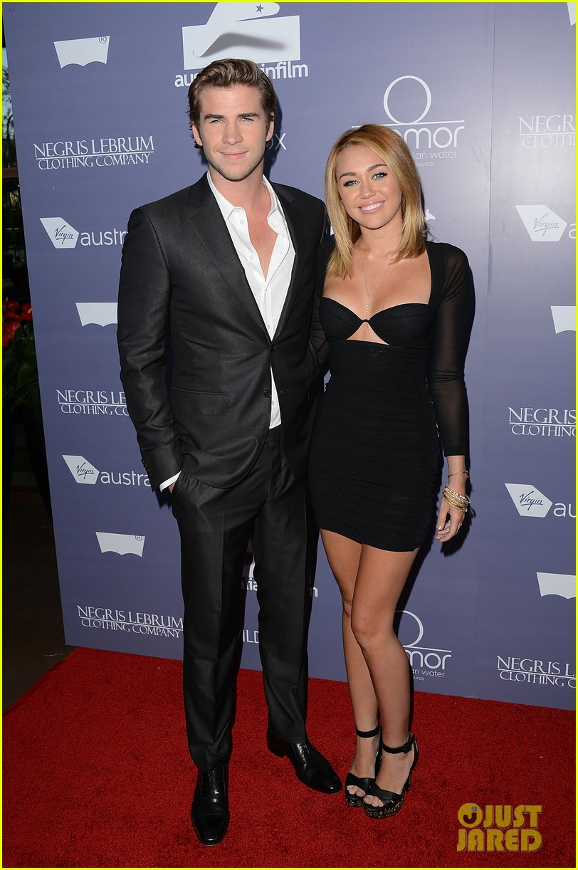 Full Sized Photo of mi... Miley Cyrus Married