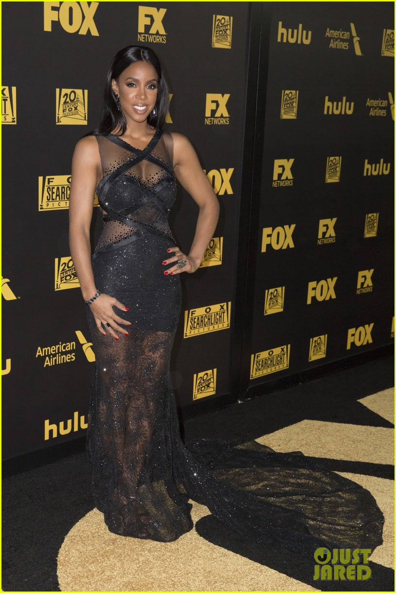 taraji p henson reveals why she handed out cookies at golden globes 2016 183549703