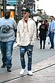 justin bieber  grabs dinner at cheesecake factory 02