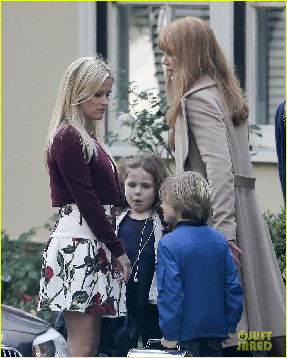 nicole kidman reese witherspoon big little lies 043554880