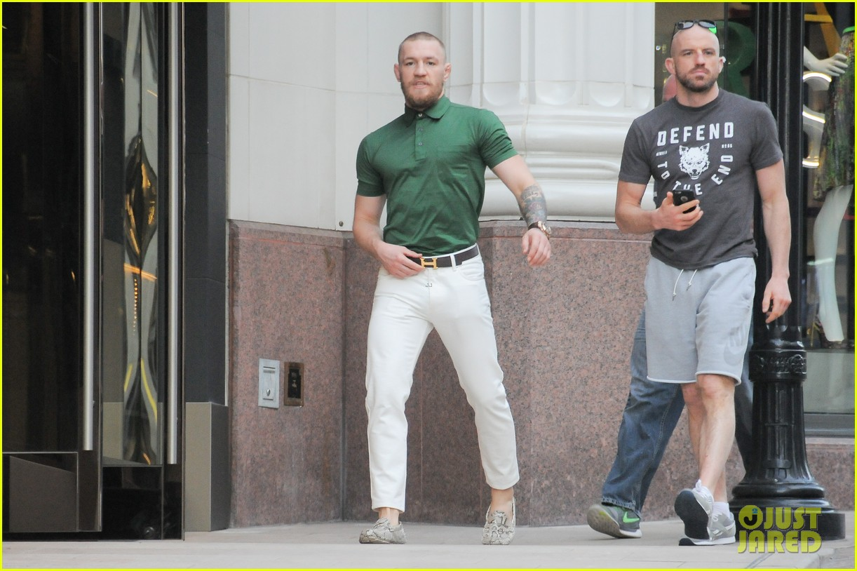 UFCu0027s Conor McGregor Shows Off Fashion Cred on Rodeo Drive Photo 3558388 | Conor McGregor Pictures | Just Jared  sc 1 st  Just Jared & UFCu0027s Conor McGregor Shows Off Fashion Cred on Rodeo Drive: Photo ...