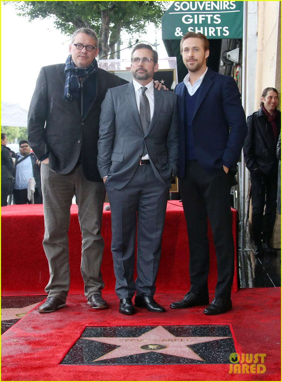 ryan gosling supports steve carell at walk of fame