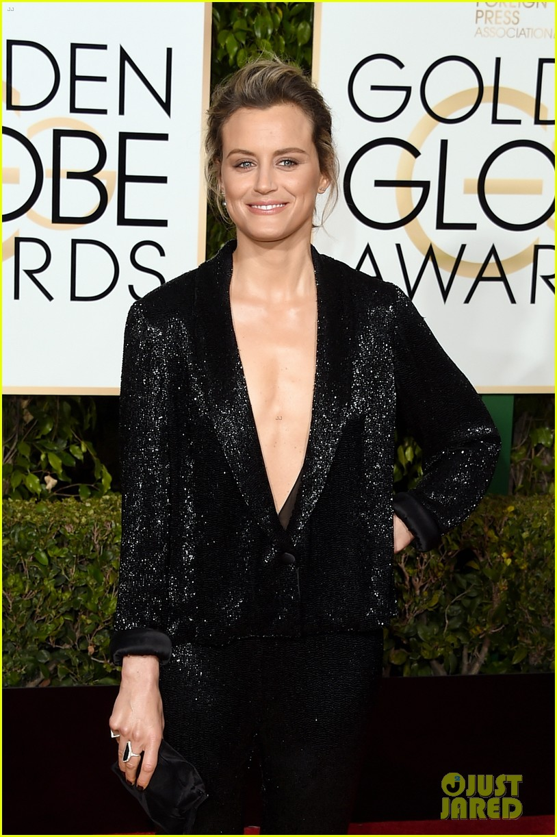Taylor Schilling Suits Up At Golden Globes 2016!: Photo ...Taylor Schilling Golden Globes 2016
