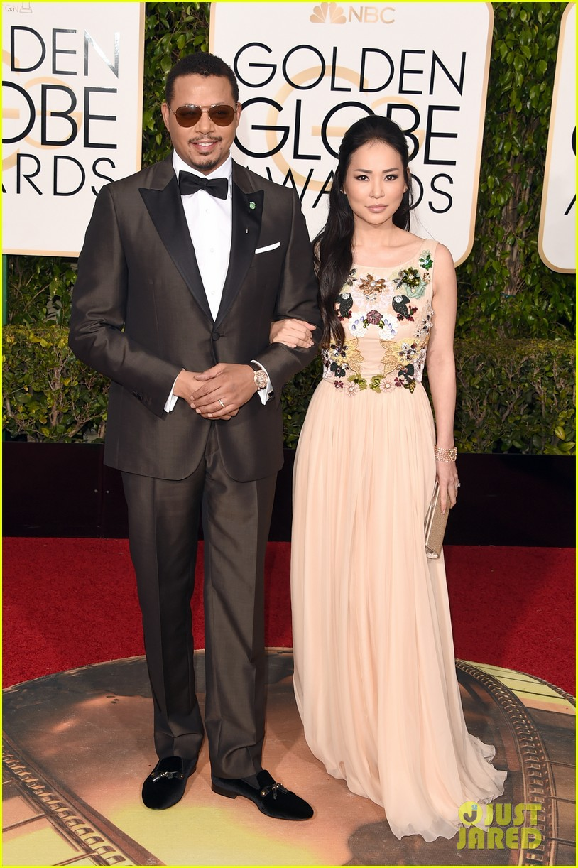 http://cdn02.cdn.justjared.com/wp-content/uploads/2016/01/terrence-globes/terrence-howard-joined-by-ex-wife-at-2016-golden-globes-07.jpg