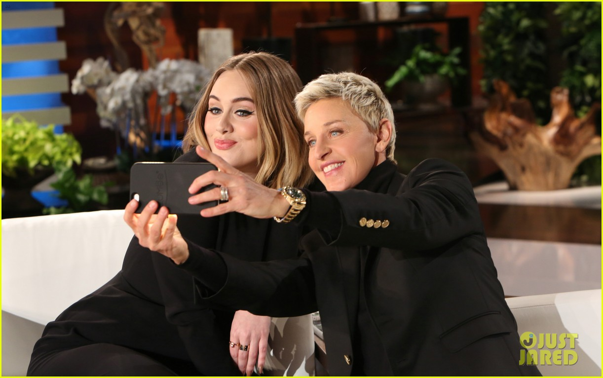 Full sized photo of adele sings when we were young on ellen 02 photo