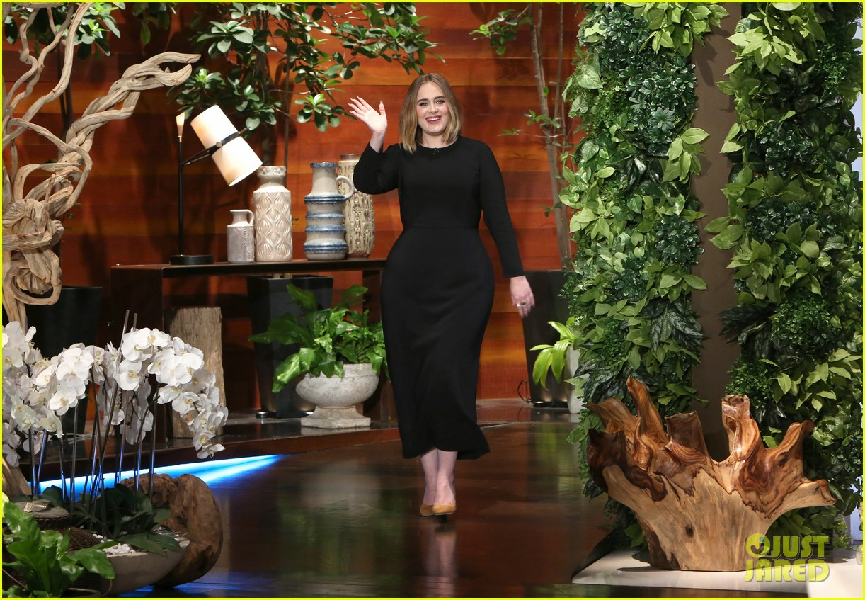 Full sized photo of adele sings when we were young on ellen 05 photo