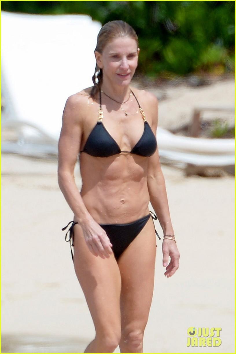 Beach bikini wife not understand