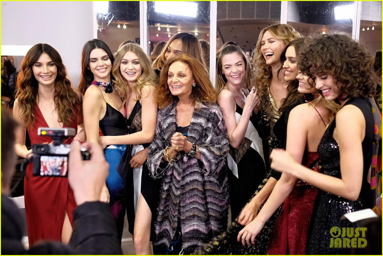 829c821a71 Gigi Hadid   Kendall Jenner Join Karlie Kloss   Jourdan Dunn at DVF Show!   Photo 3578515