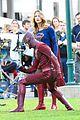 grant gustin melissa wap supergirl crossover 18
