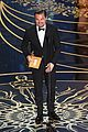 leonardo dicaprio wins best actor at oscars 2016 02