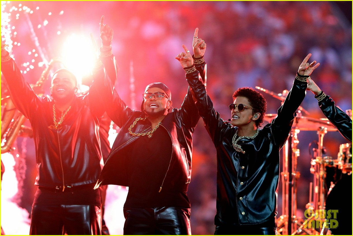 Bruno Mars Super Bowl Halftime Show 2016 Video Watch Now Photo 3571785 2016 Super Bowl