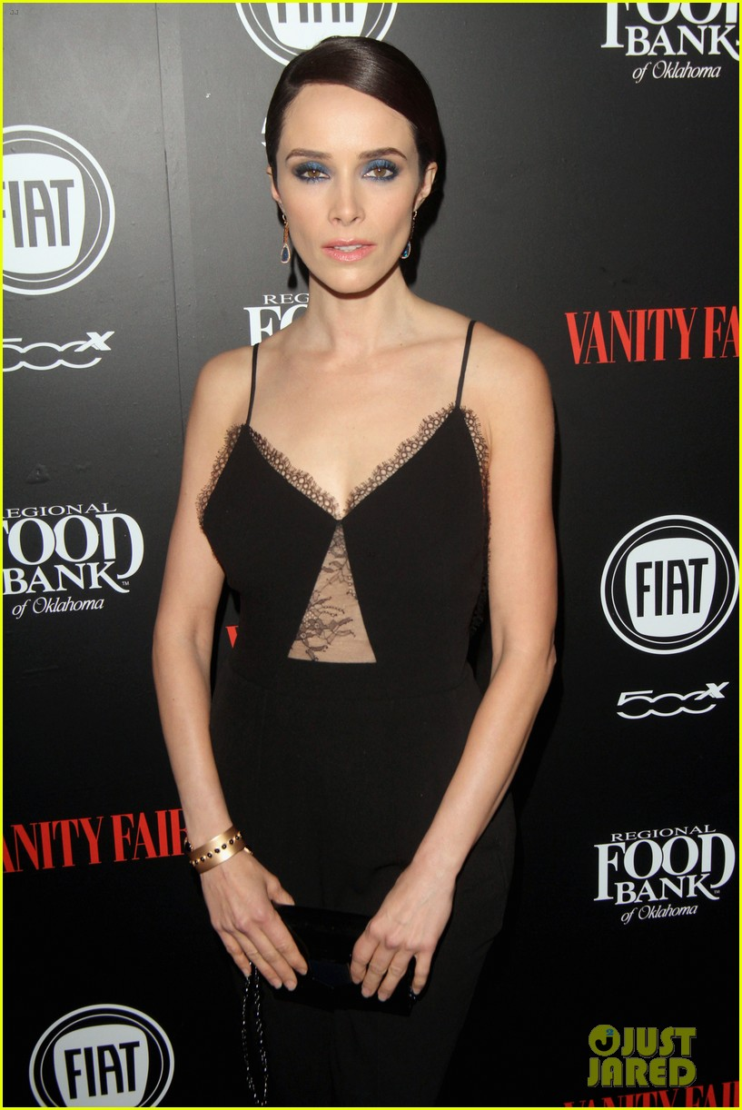 olivia munn hosts vanity fairs star studded young hollywood party 173587242