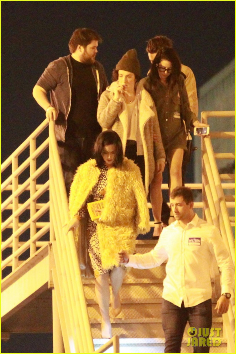 katy perry and orlando bloom couple up at adele concert 273576592