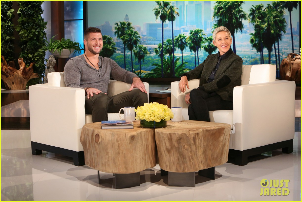 Tim Tebow Reveals What Hes Looking For in a Girlfriend