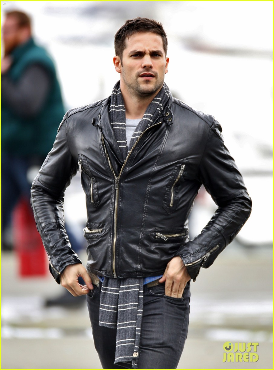 brent daugherty fifty shades set 02