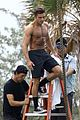 zac efron goes shirtless for tarzan like baywatch moment 23