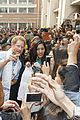 prince harry visits childrens hospital 18