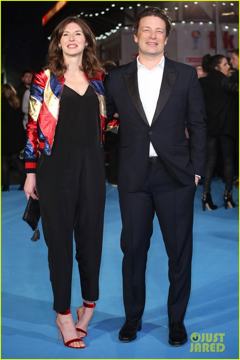 hugh jackman taron egerton get support from real life eddie the eagle at london premiere 023608710