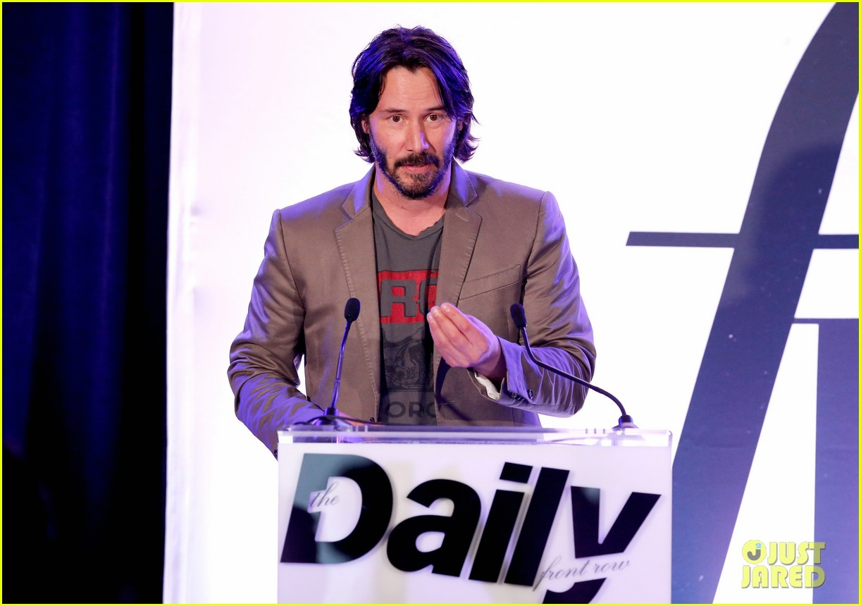 keanu reeves jeanne yang daily front row awards 083611116