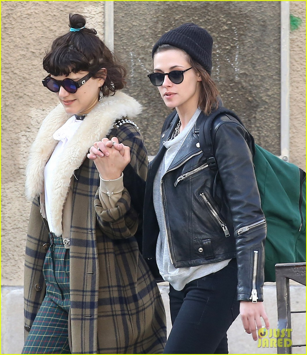 Soko Is Very In Love With Kristen Stewart Photo border=