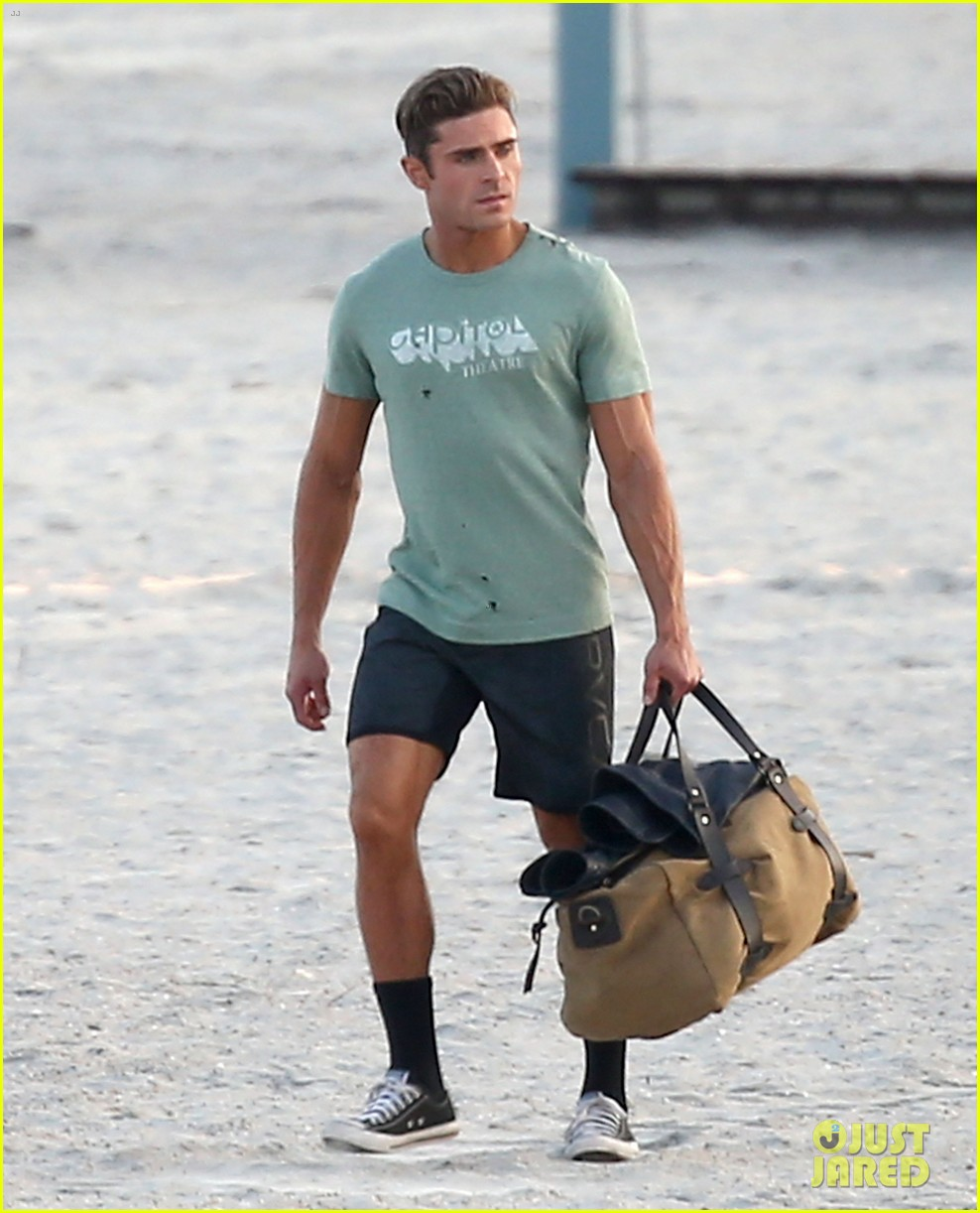zac efron beach duffel bag baywatch 013616756