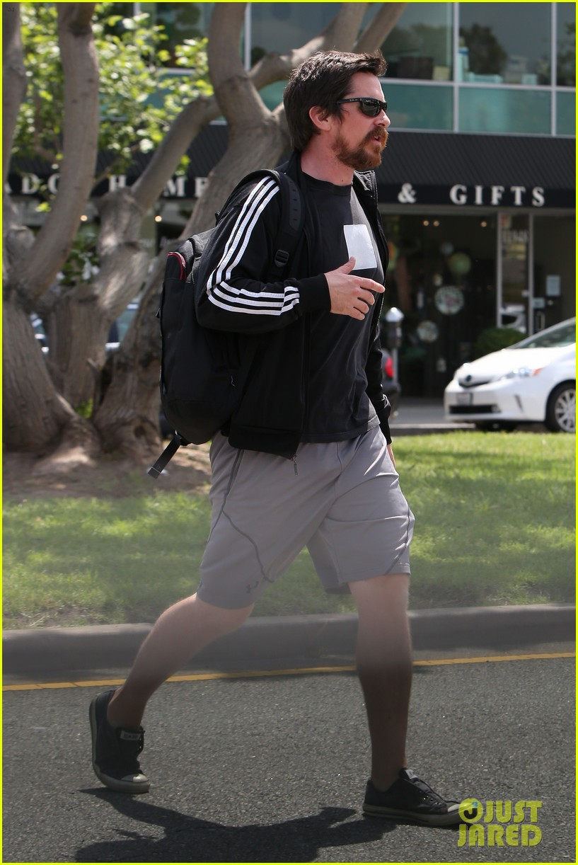 christian bale steps out in his workout gear for a meeting 033632299
