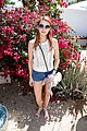 chantel jeffries pink hair suki waterhouse emma roberts amazon suite coachella 04
