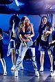 iggy azalea performs team 2016 iheart radio awards 06