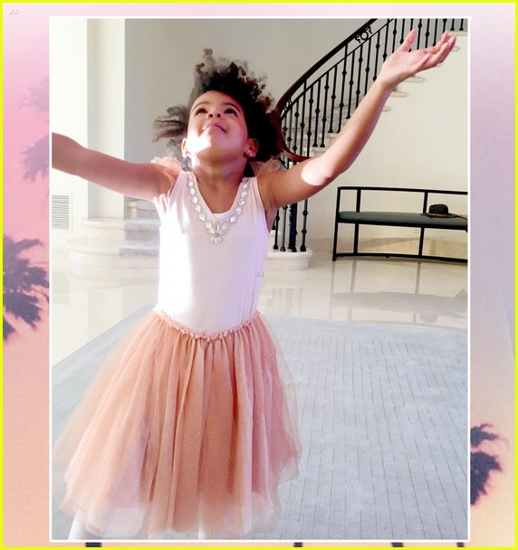 Prime Beyonces Daughter Blue Ivy Carter Had A Magical 4Th Birthday Short Hairstyles For Black Women Fulllsitofus