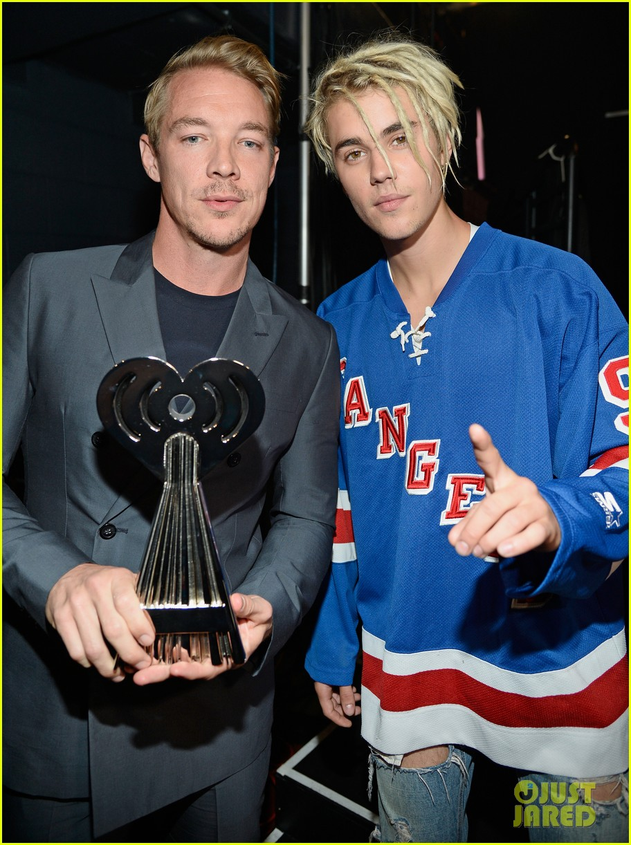 Justin Bieber Wins Male Artist of the Year at iHeartRadio Music ...