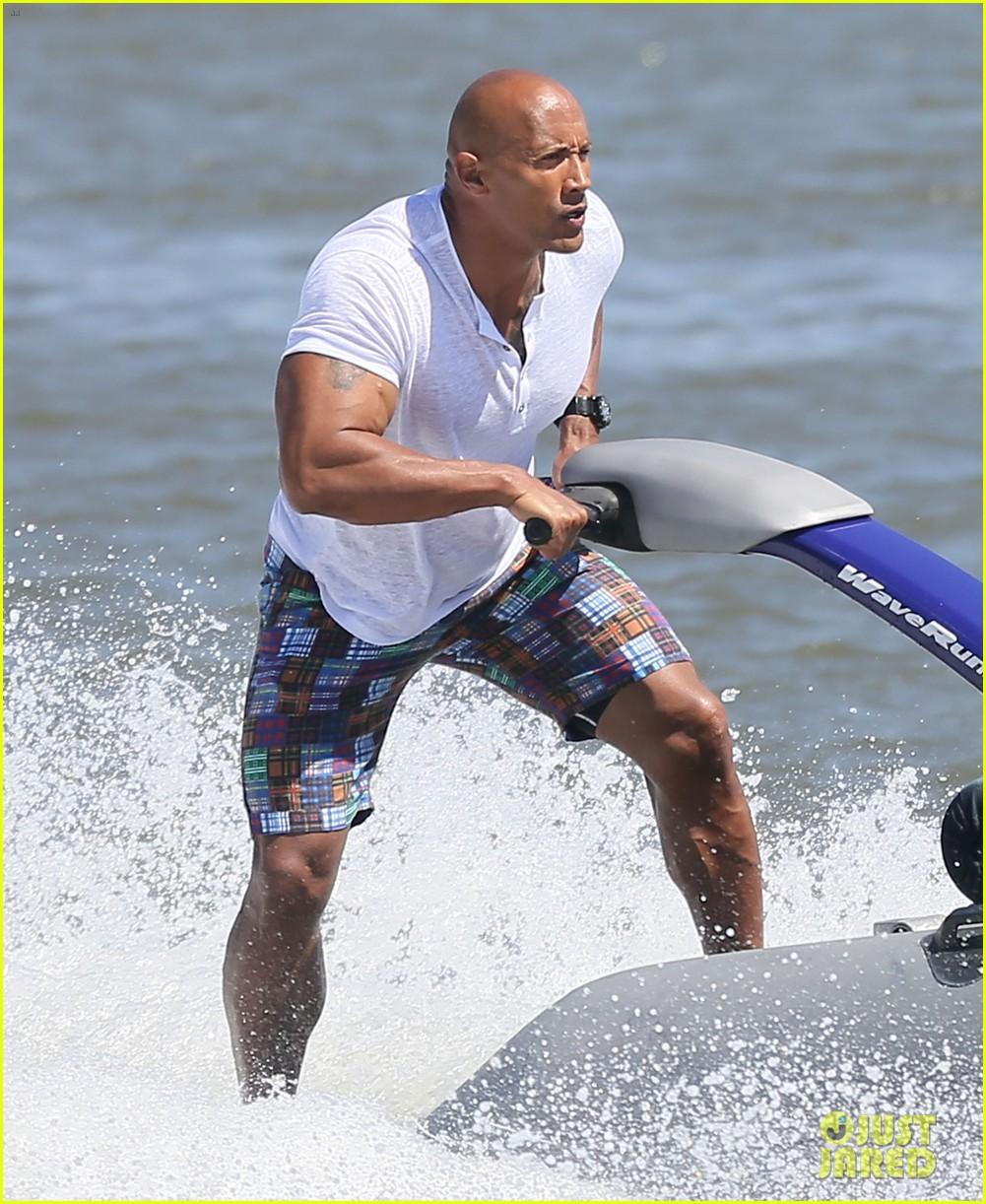 the rock wave runner baywatch filming 033624198