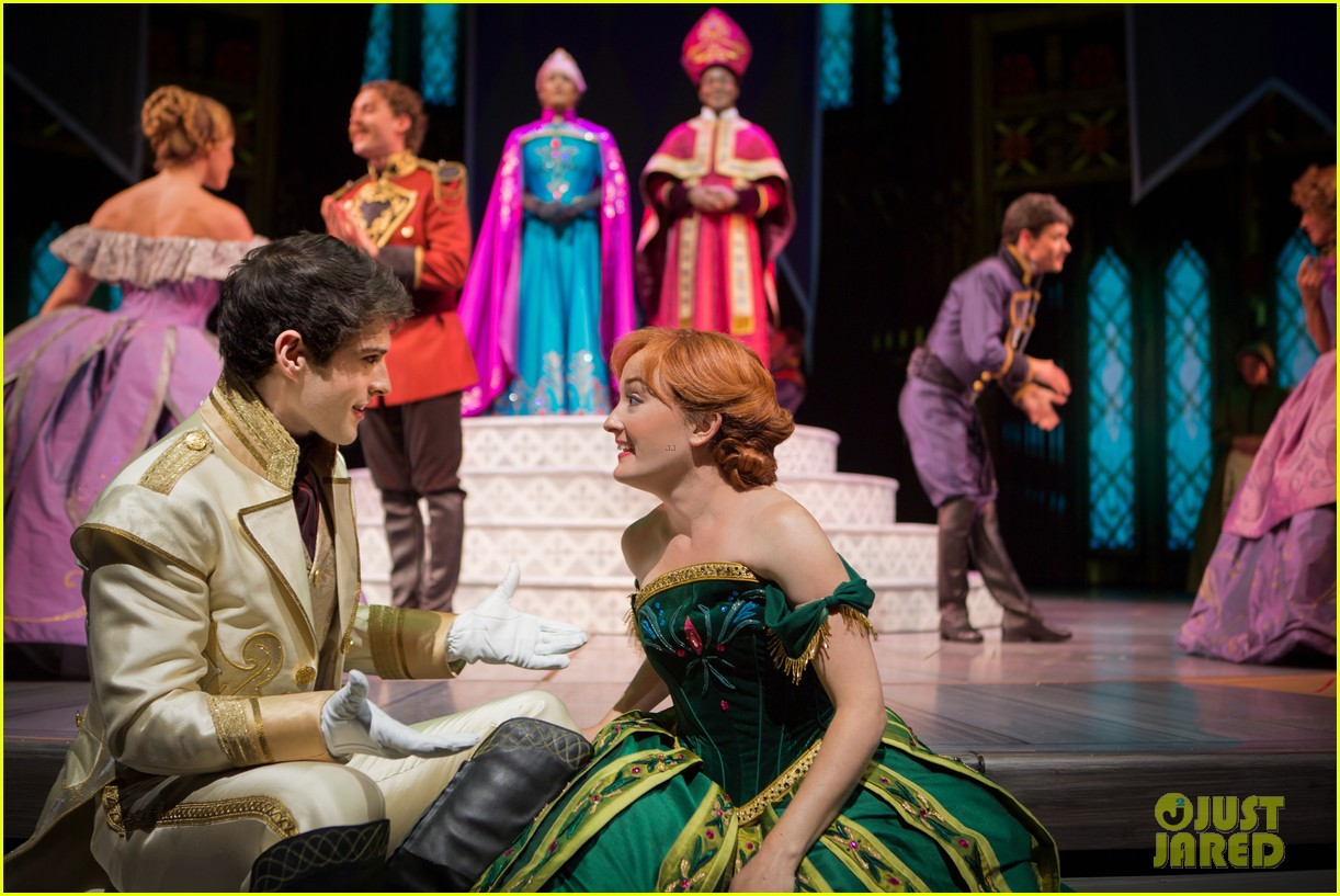 Disneyland S Frozen Musical Is Open See Video Amp Photos