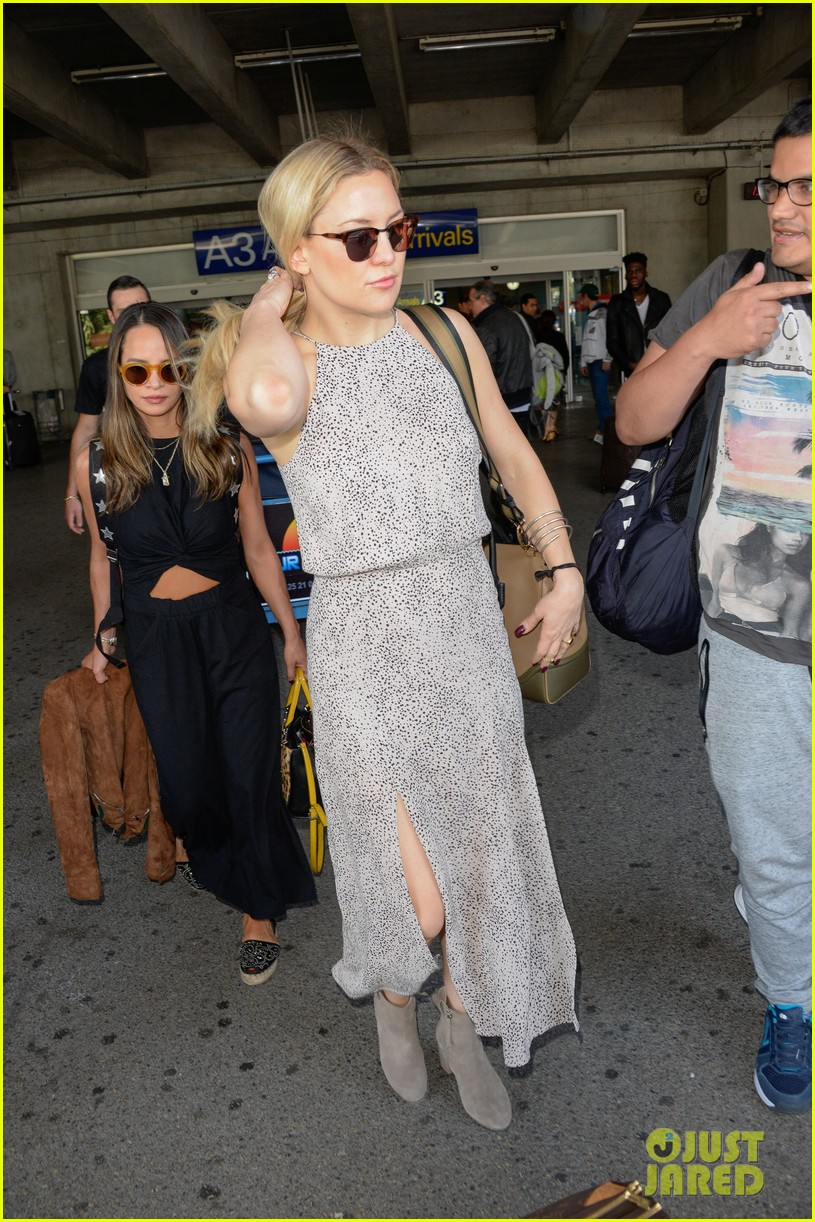 Billy Bush Yes Donald Trump Said >> Kate Hudson & Julianne Moore Seen at the Airport for Cannes 2016: Photo 3656115   Julianne Moore ...