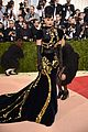 katy perry 2016 met gala carpet 04