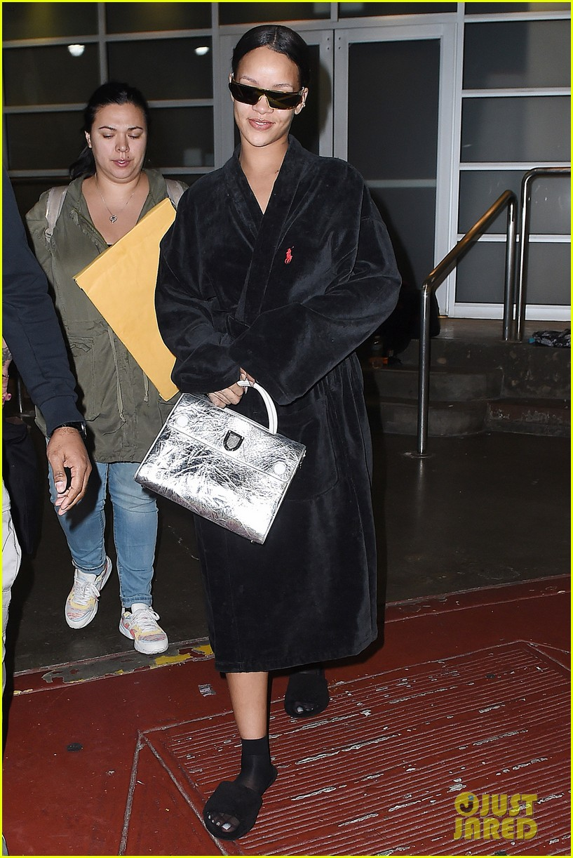 rihanna steps out in robe flip flops after a photo shoot 113667431
