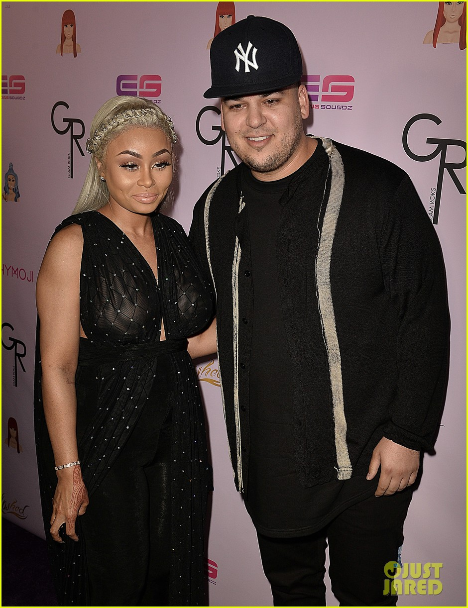 rob kardashian pregnant blac chyna make red carpet appearance 13