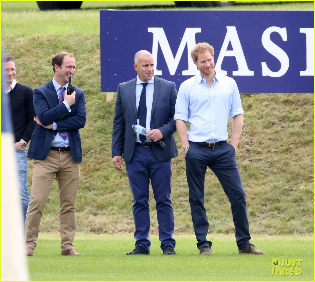 Prince William Full Sized Photo Of Prince Harry Cheers On William Polo 02