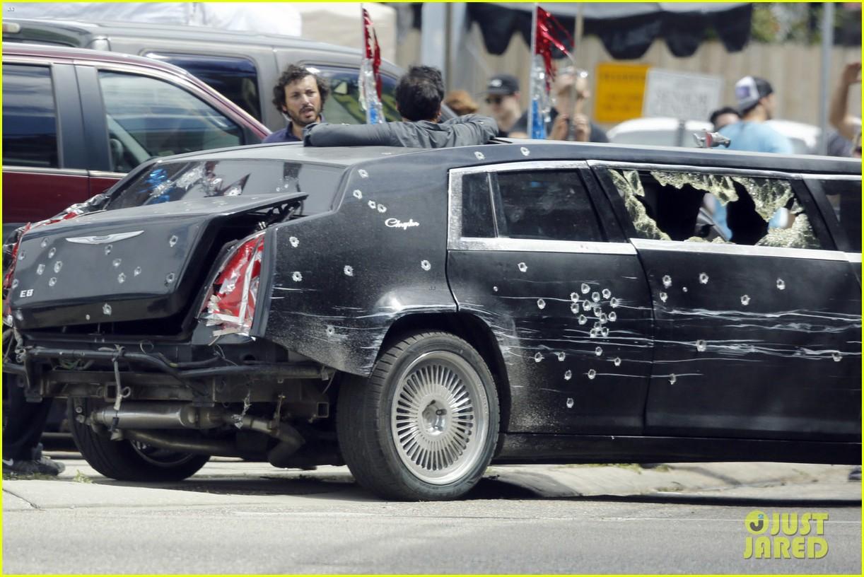 http://cdn02.cdn.justjared.com/wp-content/uploads/2016/06/jackman-bullet/hugh-jackman-escapes-bullett-ridden-limo-for-wolverine-3-01.jpg