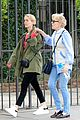 sarah paulson & girlfriend holland taylor are still going strong 18