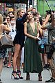 lily aldridge hits up radiohead concert with sister ruby 08
