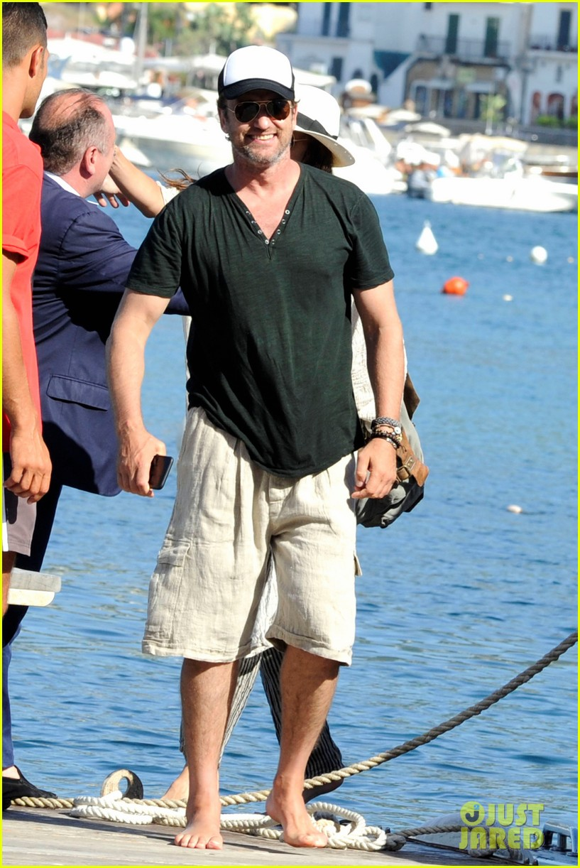 gerard butler couples up with morgan brown in italy 073703988